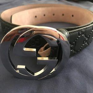 Gucci Accessories - Men's Signature Leather Gucci Belt